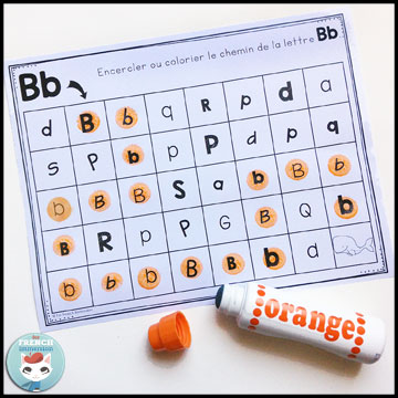 French Alphabet Centers - letter mazes: dabbing (or coloring, or circling) the focus letters. Centres de littératie - l'alphabet.