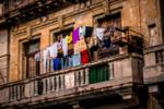 tendiendo en el balcón (Robbins Omar García Ríos)