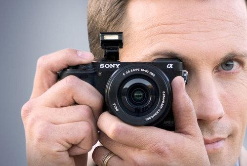 Sony A6000 / fot. Sony