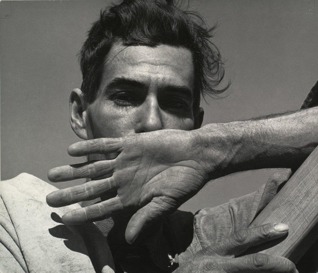 Dorothea Lange, Migratory Cotton Picker, Eloy, Arizona, 1940.