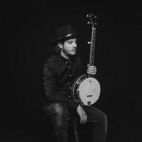 Banjo-Portrait-Musiker-web