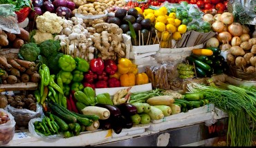 Market stall vegetables - D Perstin (Flickr)