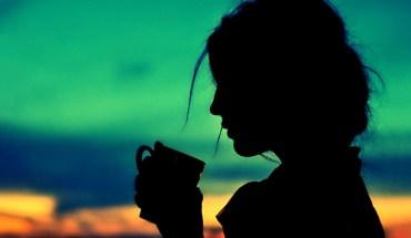 silhouette-woman-sunset