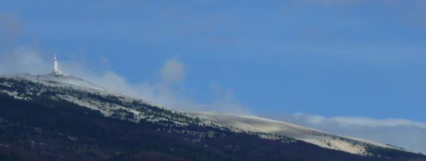 Photo du sommet du Mont Ventoux enneigé