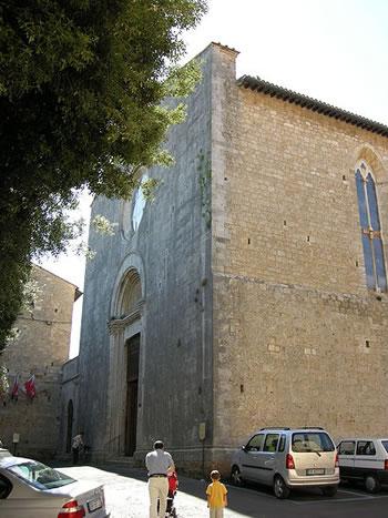 Fracciata della chiesa di S. Agostino a Massa Marittima