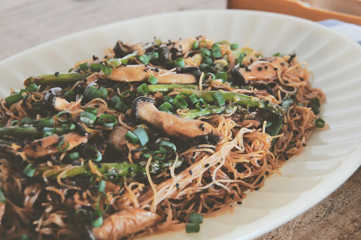 noodles-cogumelo-aspargo-ostra-1