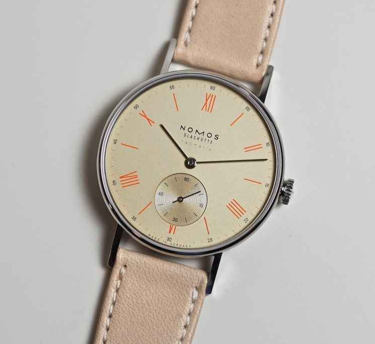 The champagne dial version of the Nomos Neomatik Ludwig