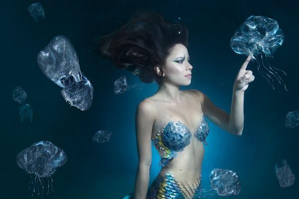 rusalka-woman-in-the-sea