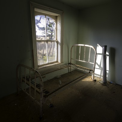 Abandoned Ontario House by Freaktography