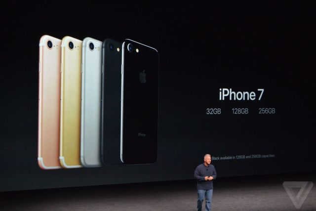 apple-iphone-watch-20160907-5635