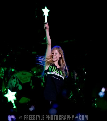 Avril Lavigne - Scotiabank Place Oct. 17, 2011 (PHOTO: Andre Ringuette/Freestyle Photography)