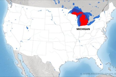 where is michigan located on the map?