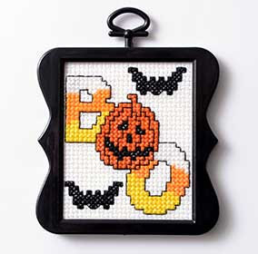 """boo"" free halloween cross stitch pattern from Plaid Online"