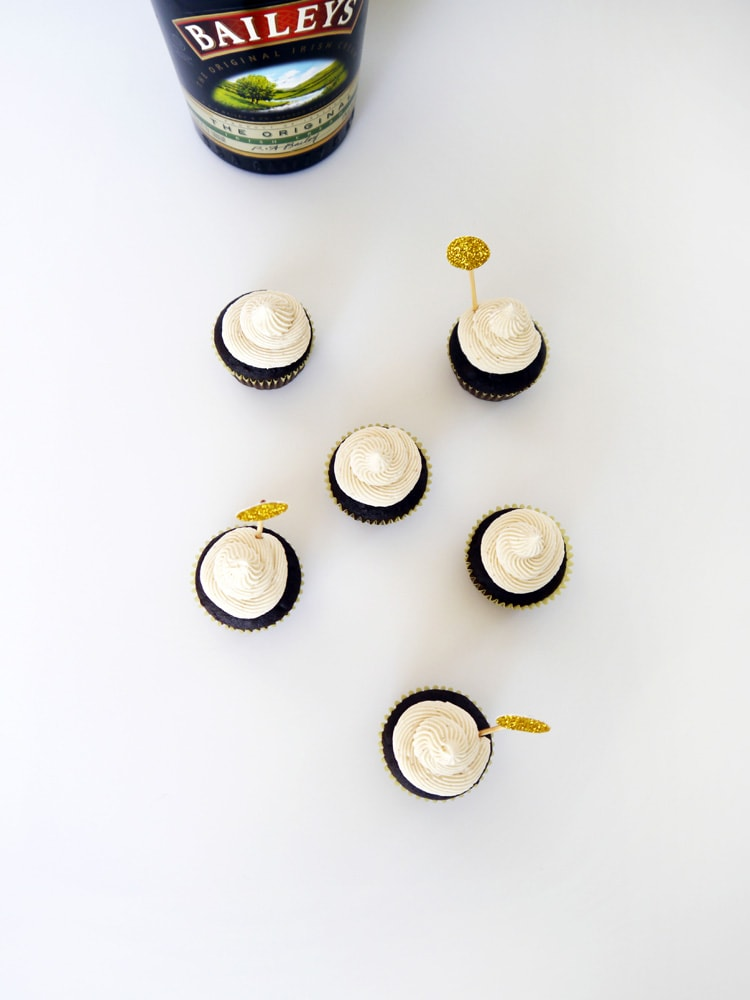 Baileys-Irish-Cream-Cupcakes-2