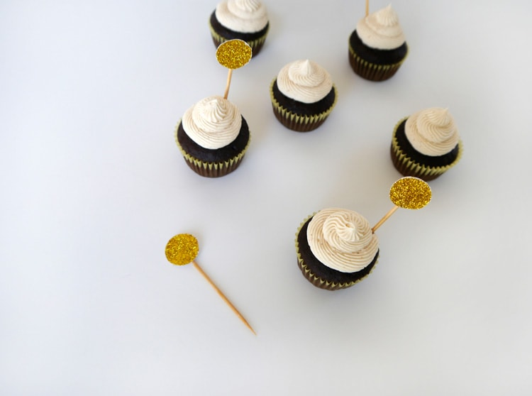Baileys-Irish-Cream-Cupcakes-4