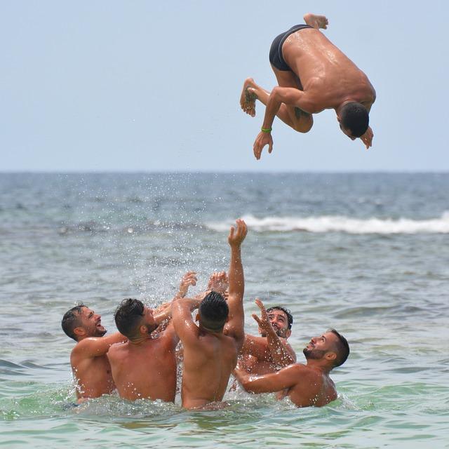 The Health Risk Of Uncircumcised Men (2)