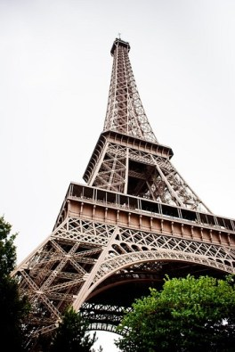 body_eiffeltower
