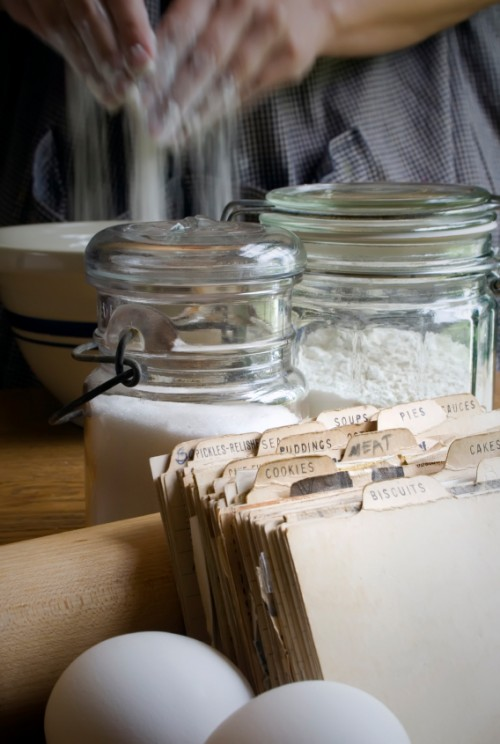 Over 250 Amish Friendship Bread Recipes in Our Recipe Box ♥ http://www.friendshipbreadkitchen.com
