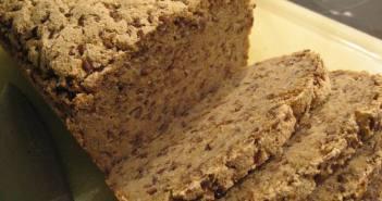 Glutenfrit rugbrød med boghvede