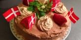 Glutenfri chokoladelagkage med fragiliébund, og mælkefri mokkacreme
