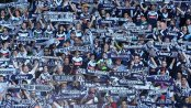 MELBOURNE, AUSTRALIA - MAY 17:  Victory fans show their support during the 2015 A-League Grand Final match between the Melbourne Victory and Sydney FC at AAMI Park on May 17, 2015 in Melbourne, Australia.  (Photo by Quinn Rooney/Getty Images)