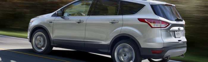 2014-Ford-Escape-left-side