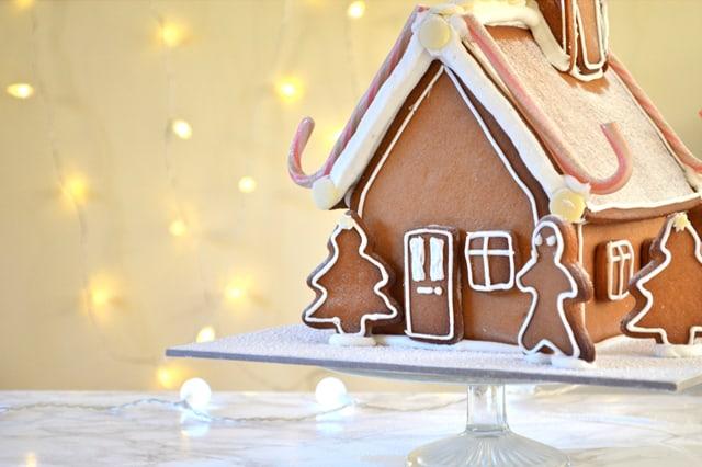 gingerbread_house_main