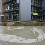 Illustrations on Sidewalks Appear When Raining_7
