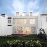 Minimalist House in Lisbon