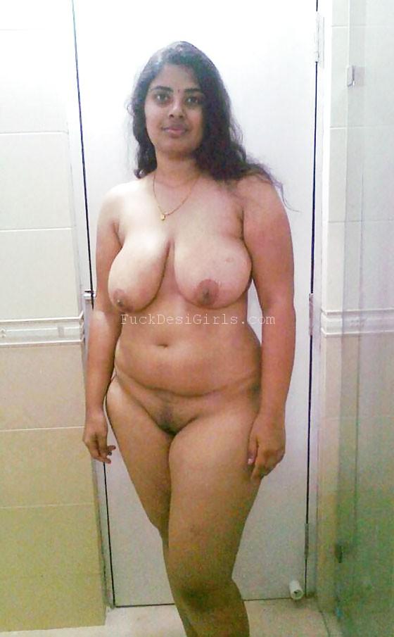 pakistani aunty ass