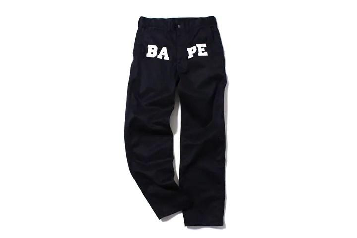 エイプ (A BATHING APE)からフロントに「BAPE」のロゴプリント入りチノパンが6/20から発売!