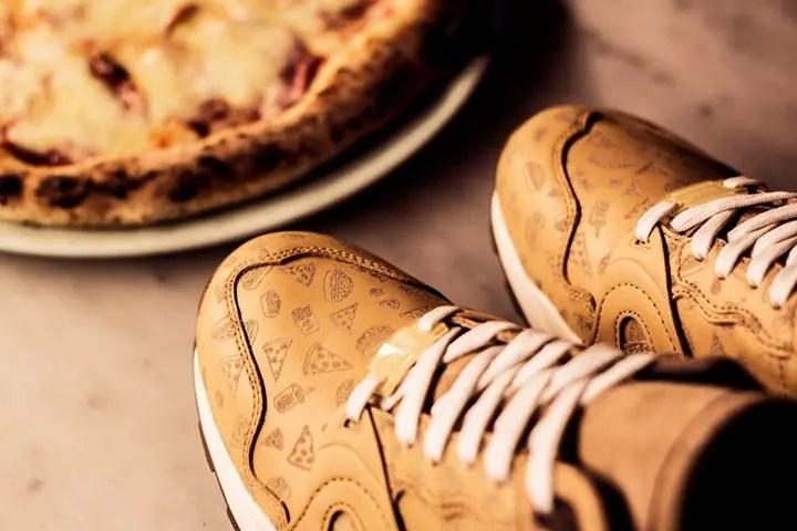 """3/12発売!ピザとハンバーガーパターンのSneakersnstuff x PUMA XT2 """"Pizza & Burgers"""" (プーマ) [358496-01]"""