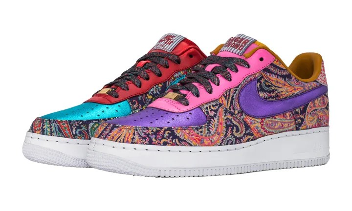 10/25~NIKEiD Sager Strong Custom AIR FORCE 1 LOW (ナイキ エア フォース 1 ロー)