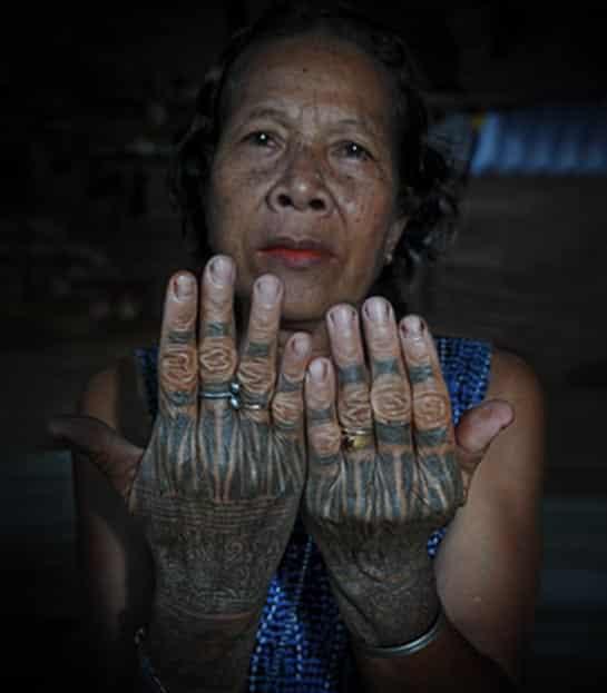 tattoo designs of borneo women
