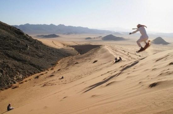 Sandboarding-In-Arabic-002