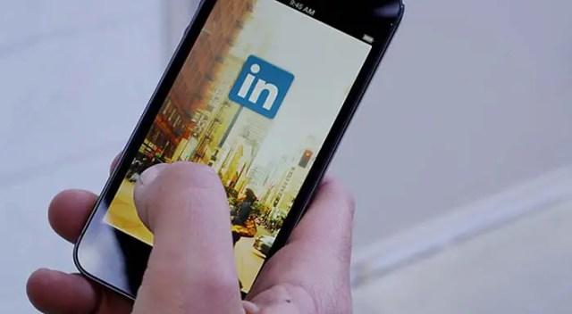 linkedin-iOS-iPhone-iPad-app-FSMdotCOM