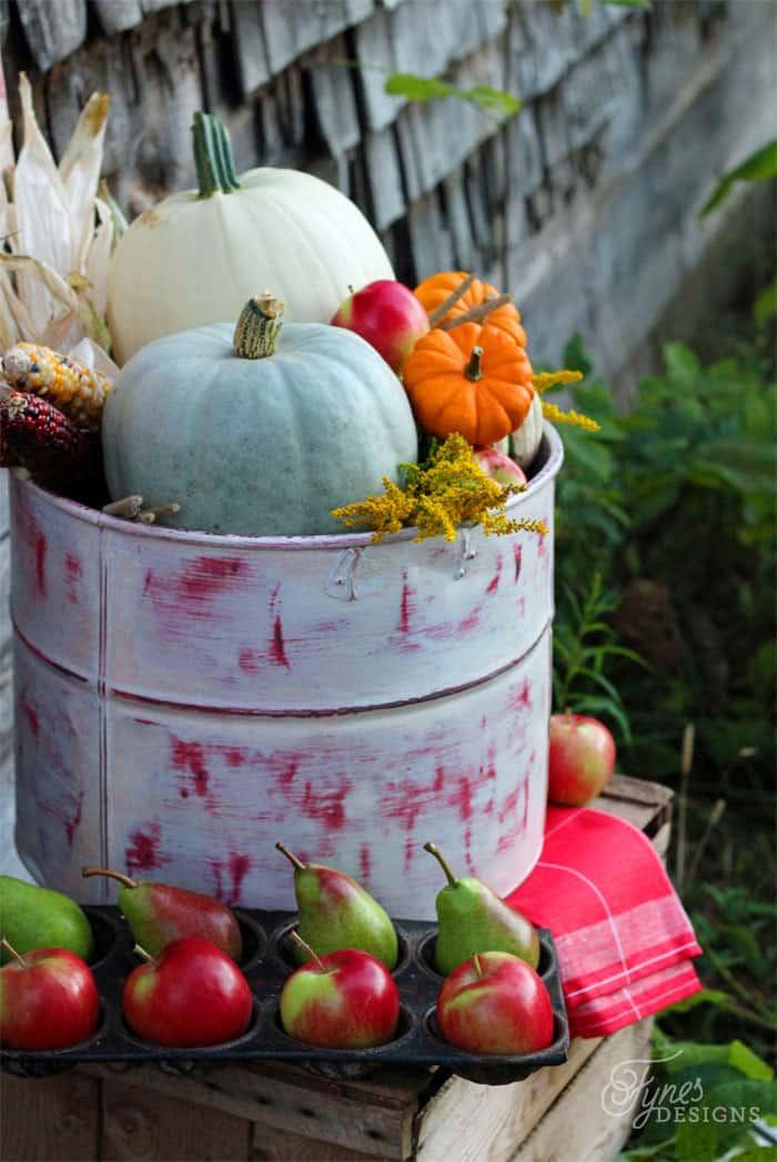 Beautiful Rustic Fall Decorations Fall decor  #marthastewartcrafts #marthastewart #plaidcrafts