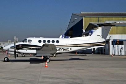 El King Air 90 N766LP, proveniente de Argentina, en Arturo Merino Benítez para la final del 4 de julio (foto: William Olave).