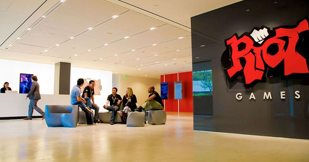 riot_games_workplace.0