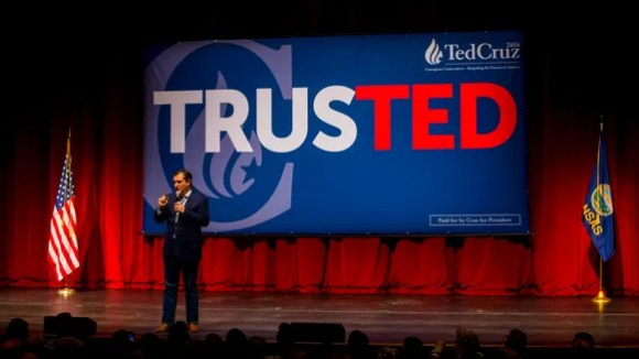 Ted Cruz holds a campaign rally ahead of the Kansas