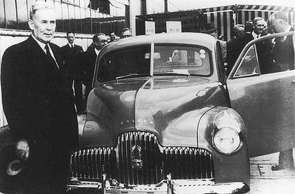 holden-48-215-production-one