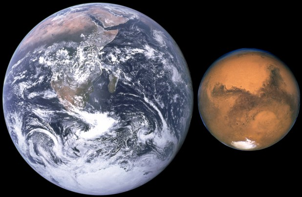 Mars,_Earth_size_comparison_NASA_PublicDomain