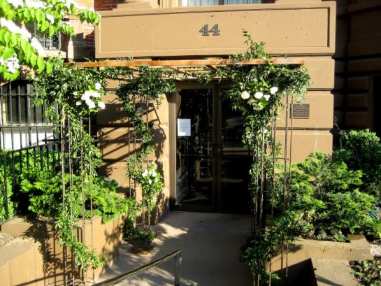 Trellis Entrance to The College Club