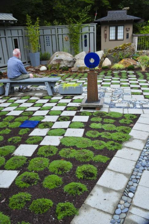 035_Garden_Art_web