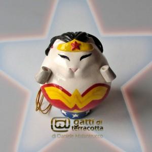 gatta Wonder Woman