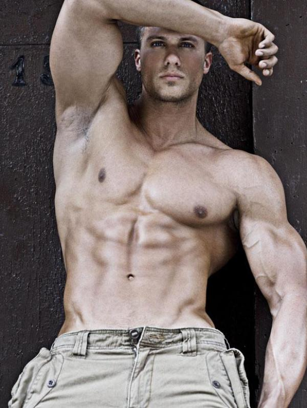 Tyler Davin 5 Beautiful Muscular Physique: Tyler Davin