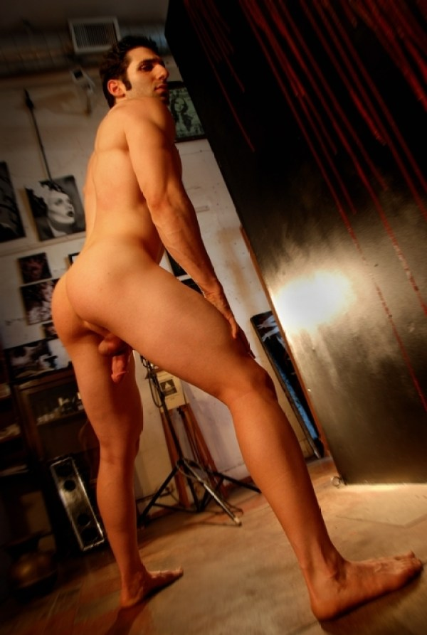 Joel Evan Tye 32 Joel Evan Tye Part 2: Exposed and Full Frontal Nude for the holidays