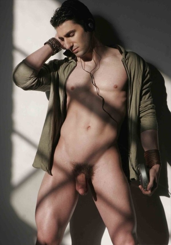 Joel Evan Tye 78 Joel Evan Tye Part 2: Exposed and Full Frontal Nude for the holidays