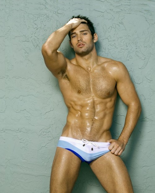 Bo Roberts - Bulge with outline!