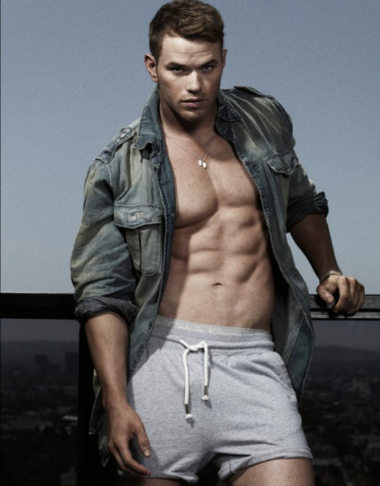 Kellan Lutz 8 600x768 Kellan Lutz   Hotter Than Ever